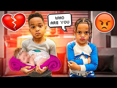 DJ & KYRIE MEETS THEIR BABY SISTER FOR THE FIRST TIME **EMOTIONAL REACTION**