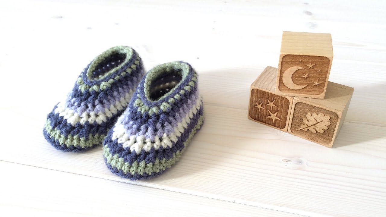 8e18db066821 How to crochet cute striped baby shoes   booties for beginners - YouTube