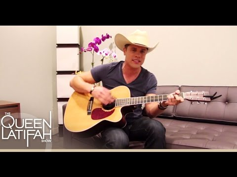 Dustin Lynch Acoustic Performance | The Queen Latifah Show