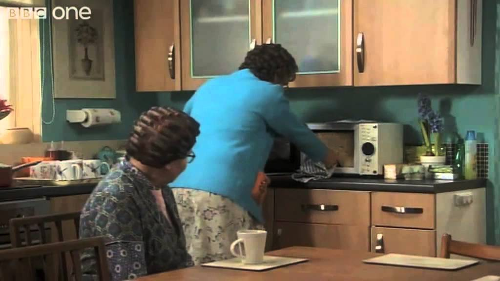 Download Mrs Brown's New Kitchen - Mrs Brown's Boys - Series 3 Episode 6 Preview - BBC One