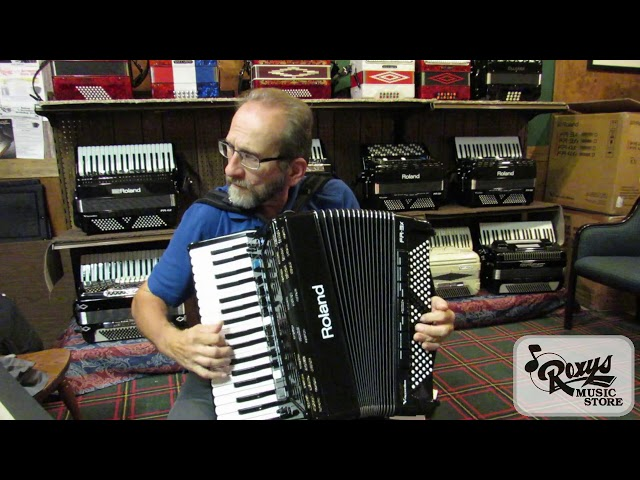 Accordion, Organ, and Violin on the Roland FR-3x