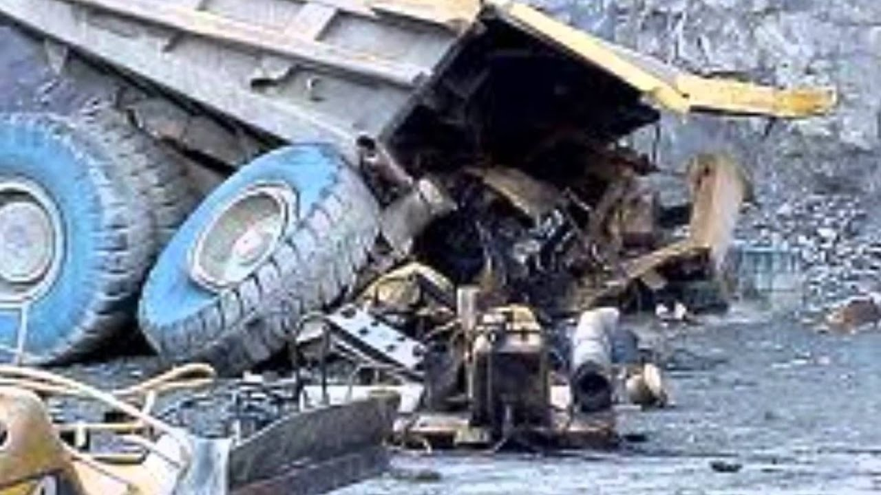 Worst Stupid Heavy Equipment Fails Of All Time Ever Epic