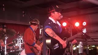 Noel & Ben Haggard - Honky Tonk Night Time Man/ Folsom Prison Blues