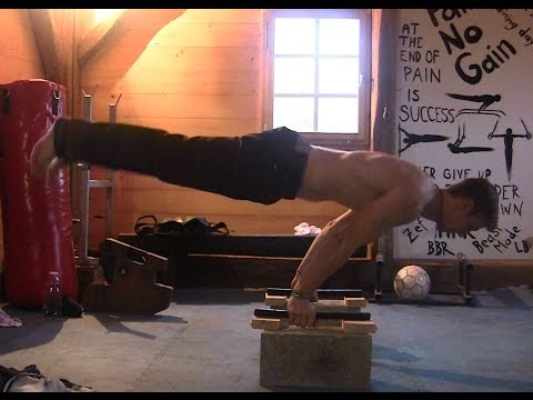 Dominik Sky - Calisthenics Tutorial Beginner to Advanced Part 1: Upper Body PRESSING (HD)