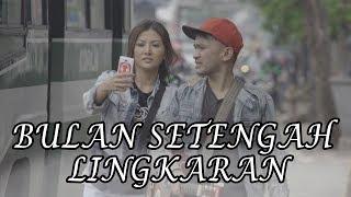 Video THE ONSU - Bulan Setengah Lingkaran download MP3, 3GP, MP4, WEBM, AVI, FLV Maret 2018