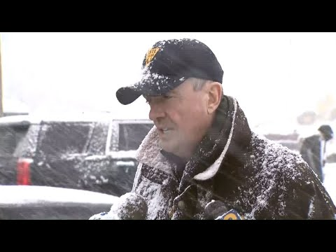 Phil Murphy's nor'easter fashion is turning heads. What to know about tactical fleece.