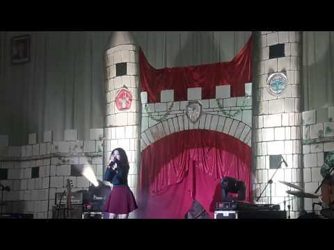 Wizzy's performance 'FLASHLIGHT' taken by Meika