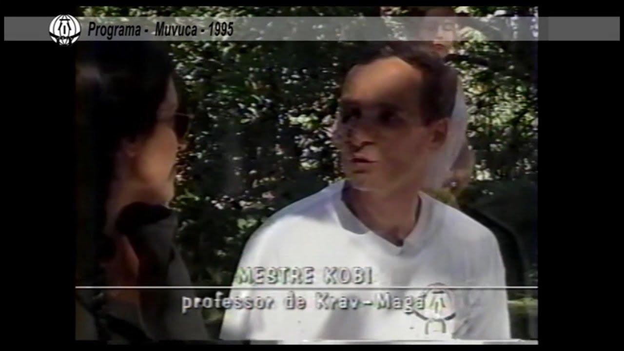 Programa Muvuca com Regina Casé e Mestre Kobi em 1995