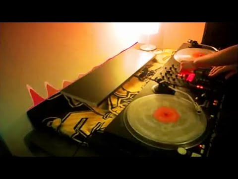 Electro Tek / Dirty Mix [Video] Grand Theft Tekno