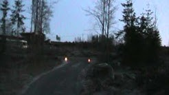 Vuokra mökillä keuruulla sytytettiin piha grilli  kohta ruvetaan paistaan pihviä ja kyrsää 3 12 2011