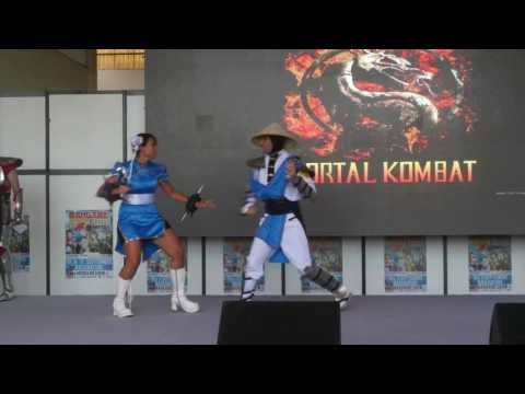 related image - Mangame Show - Fréjus - 2016 - Concours Cosplay Dimanche - 07 - Mortal Combat - Street Fighter II