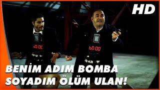 Kolpaçino: Bomba | Özgür, Altan ile Soygunculardan Kaçıyor | Türk Komedi Filmi