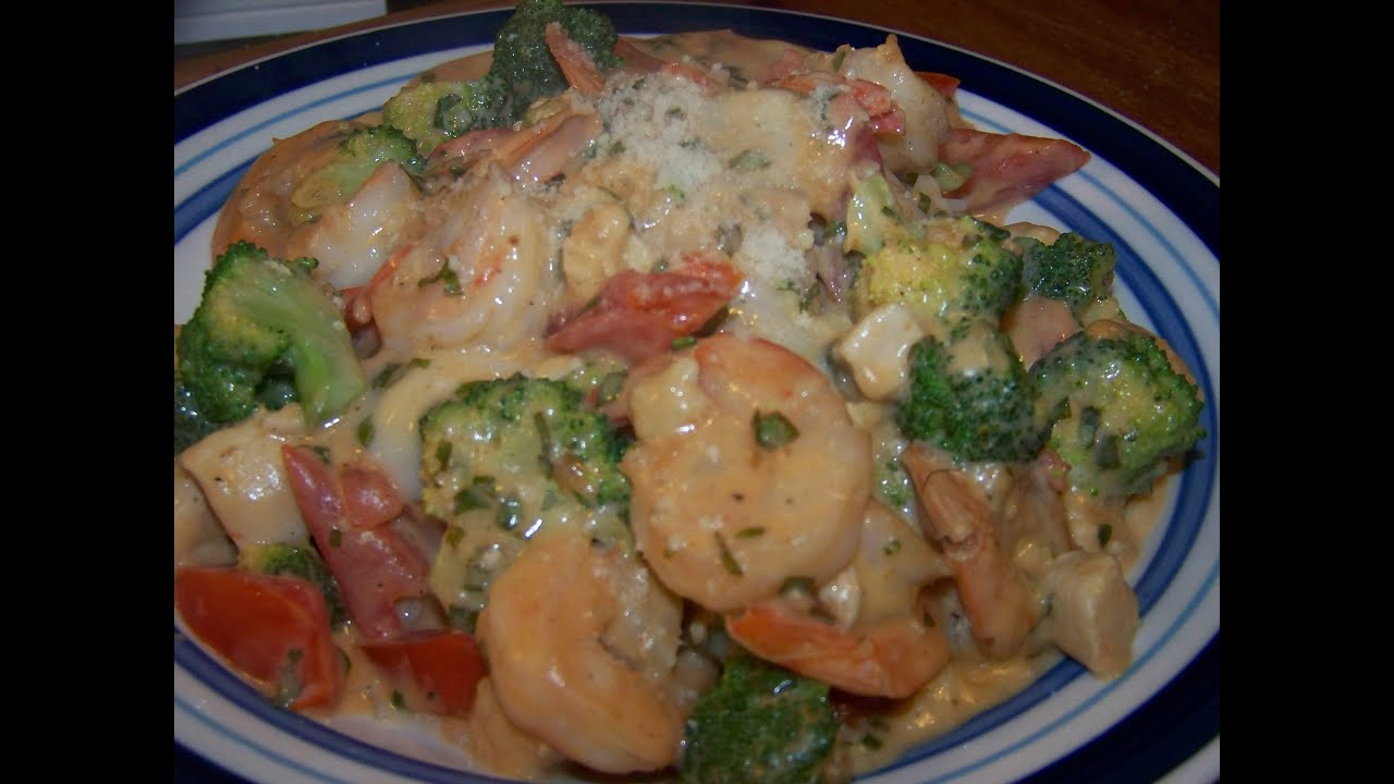 shrimp chicken alfredo basil
