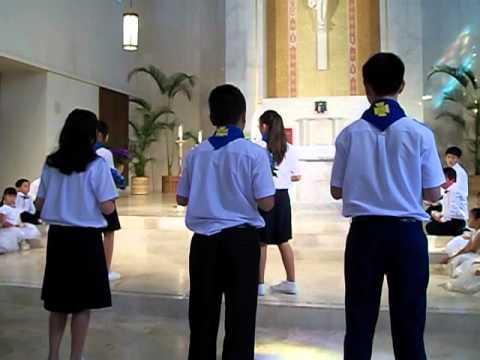 TNTT Dâng hoa cho Đức Mẹ HONOLULU, HI 2012 (Thieu Nhi)