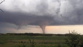 Man dies after tornado hits Manitoba