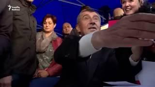 Çexiyada seçki ərəfəsi korrupsiya ittihamları və anti-islam şüarları