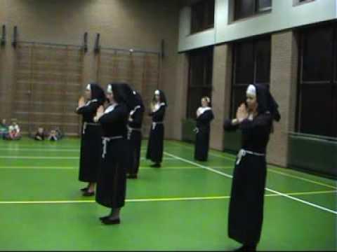 Sister Act Showeinlage  Doovi