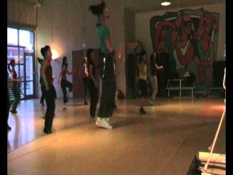 """""""Fica Caladinha"""" - Zumba Fitness™ - Lotus Banen"""
