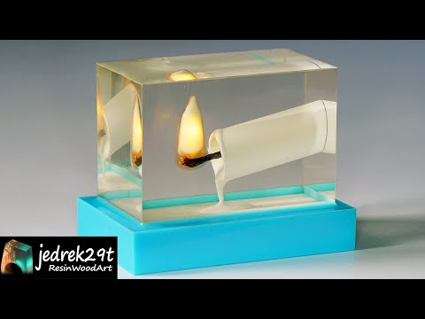 a-burning-candle-in-epoxy-resin.-diy-a-simple-way-/-resin-art