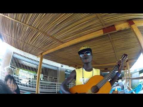 Singer next to Quality Supermarket in Lubowa (Kampala, Uganda)