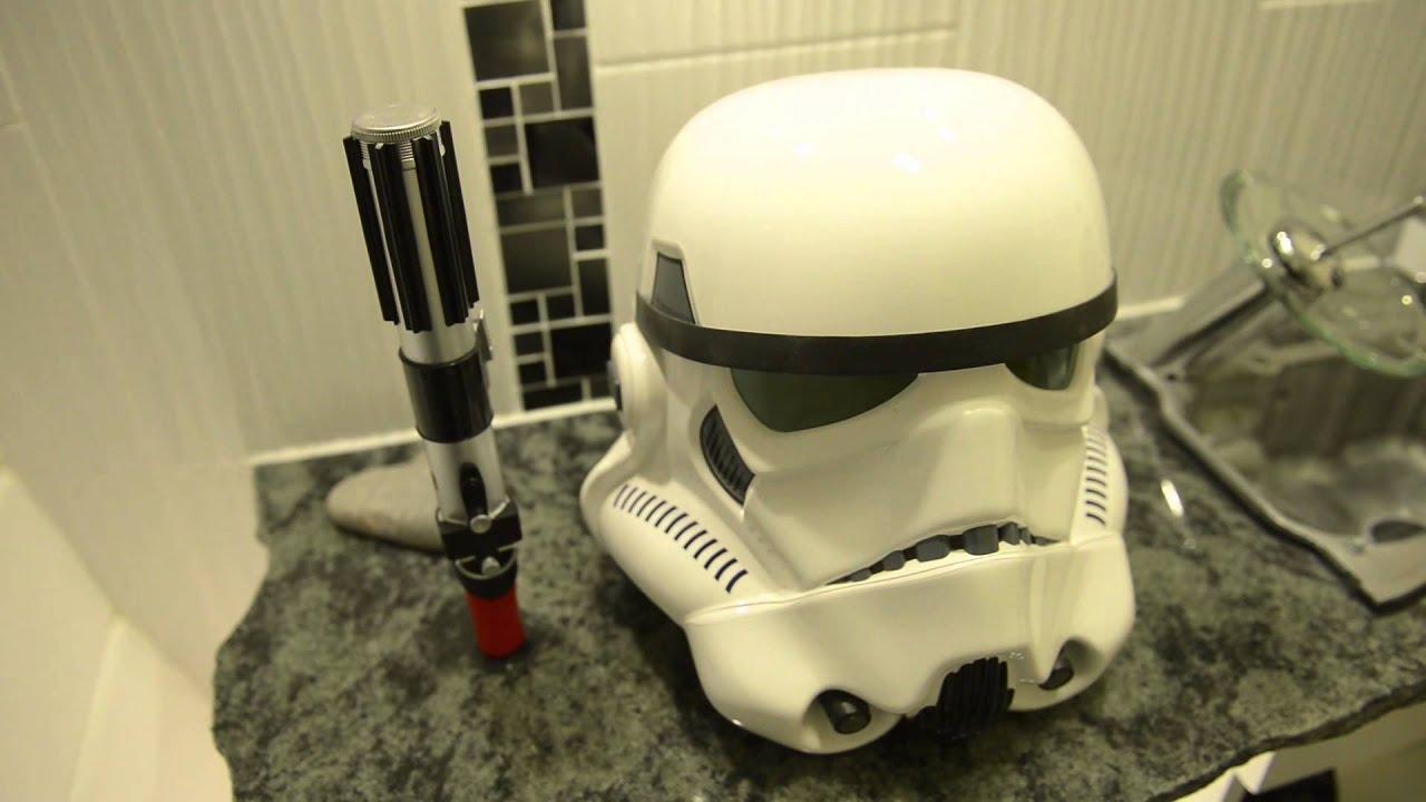 Scotland\'s biggest Star Wars fan builds a Star Wars themed bathroom ...