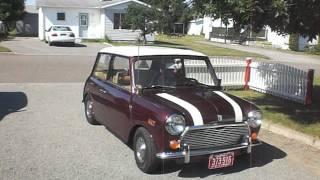Austin Mini 1000 1972 - Exposition Le Fiacre Rimouski 2012
