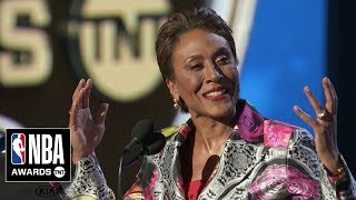 Robin Roberts Gives Inspiring Speech for the Sager Strong Award | 2019 NBA Awards