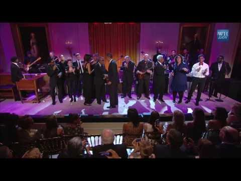 "Booker T. Jones & Ensemble Perform ""In the Midnight Hour"" 