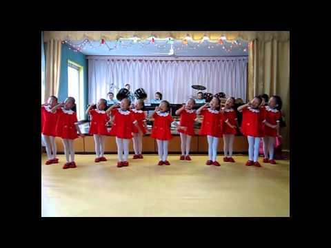 North Korean Kids as musicean and performers