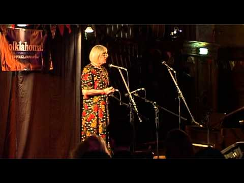 Louisa Jo Killen (aka Louis Killen) sings 'The Bonny Bunch of Roses'
