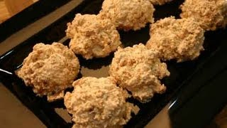Macaroons (with Walnuts and Cornflakes) Recipe