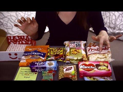 🍭 Unboxing Munchpack 🍬 Tasting Cookies, Chips, Crispy & Hard Candies