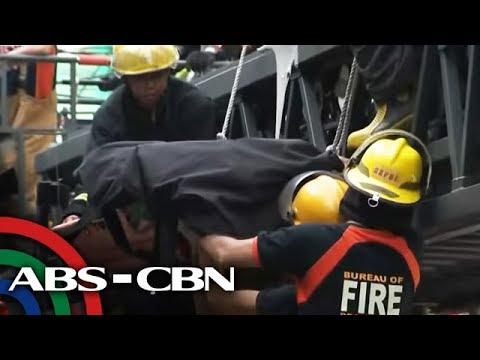 2 patay sa pagguho ng ginigibang hotel sa Maynila | TV Patrol