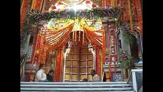 Hindu Shrine in Himalaya : The kapat of Shri Badrinath Temple opens in Uttarakhand