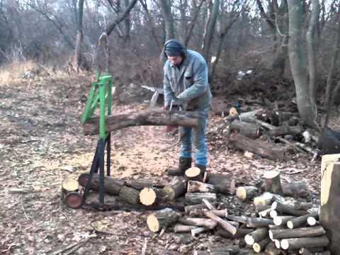 прикольный и очень удобный  козел для дров