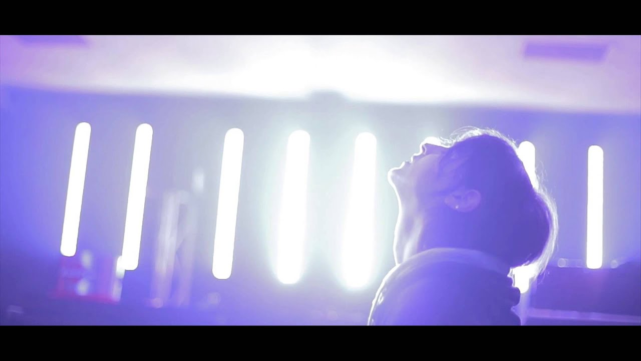 Download Kaum - Take Me Back (Official Video)
