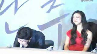 "HYUN BIN & TANG WEI ""So Cute"" - Late Autumn Press Conference 10-02-2011"