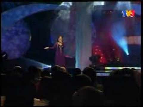 Misha Omar-dedebu Cinta semifinal muzik muzik