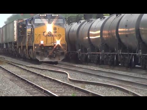 Bent Rail BNSF Oil Train Meets CSX Q009 Train