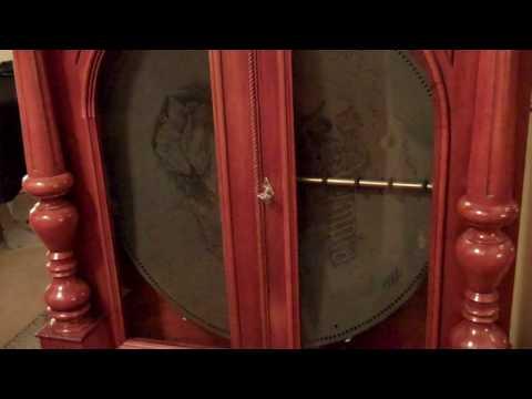 Olympia Music Box