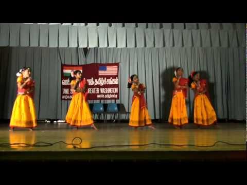 Thai Pongalum Dance