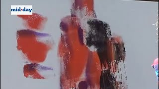 İzle sanatçılar heykel yapmak, resim sanatının JJ Okulda canlı