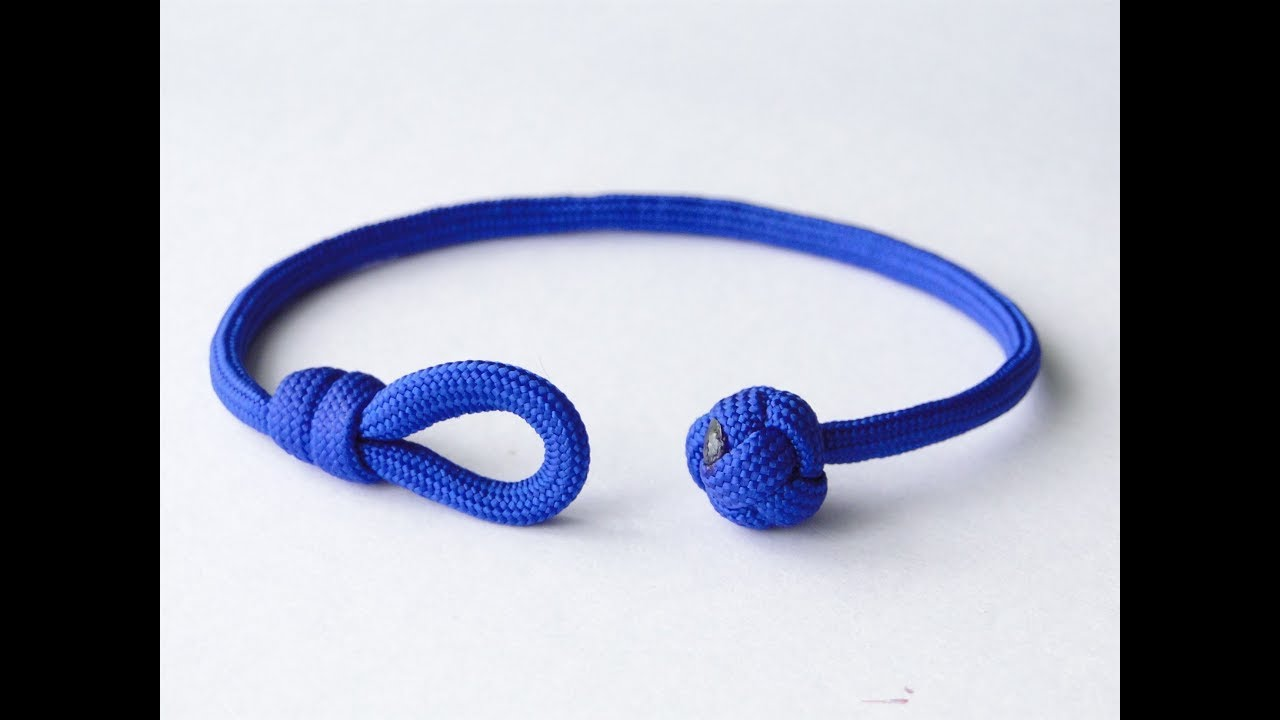 How to Make a Single Strand Knot and Loop Paracord Friendship  Bracelet-Celtic Button Knot