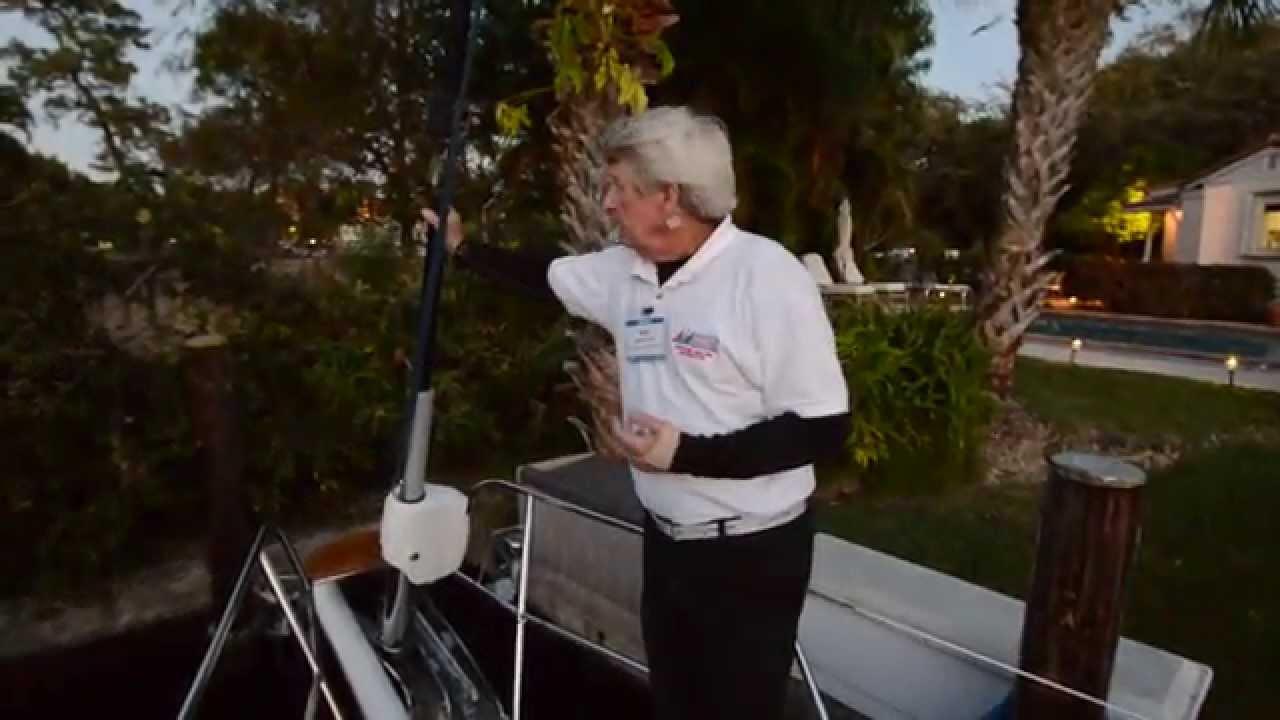 Bowline knot, how to tie a bowline knot, optimist dinghy sailing.