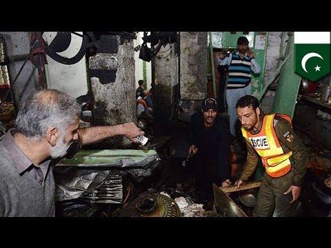 Suicide bomb blast: 9 dead in Peshawar, Pakistan