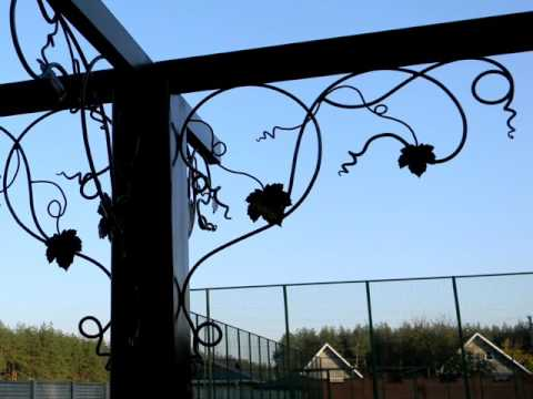 Украшение столбов для навеса в частном доме