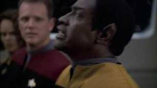 Star Trek: Voyager - The Doctor Sings for Tuvok