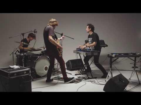 Oolluu - Harsh Reality - (Live In The Studio) - One Take Series #2