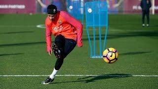 Neymar Jr. wows teammates in training - 2017   HD