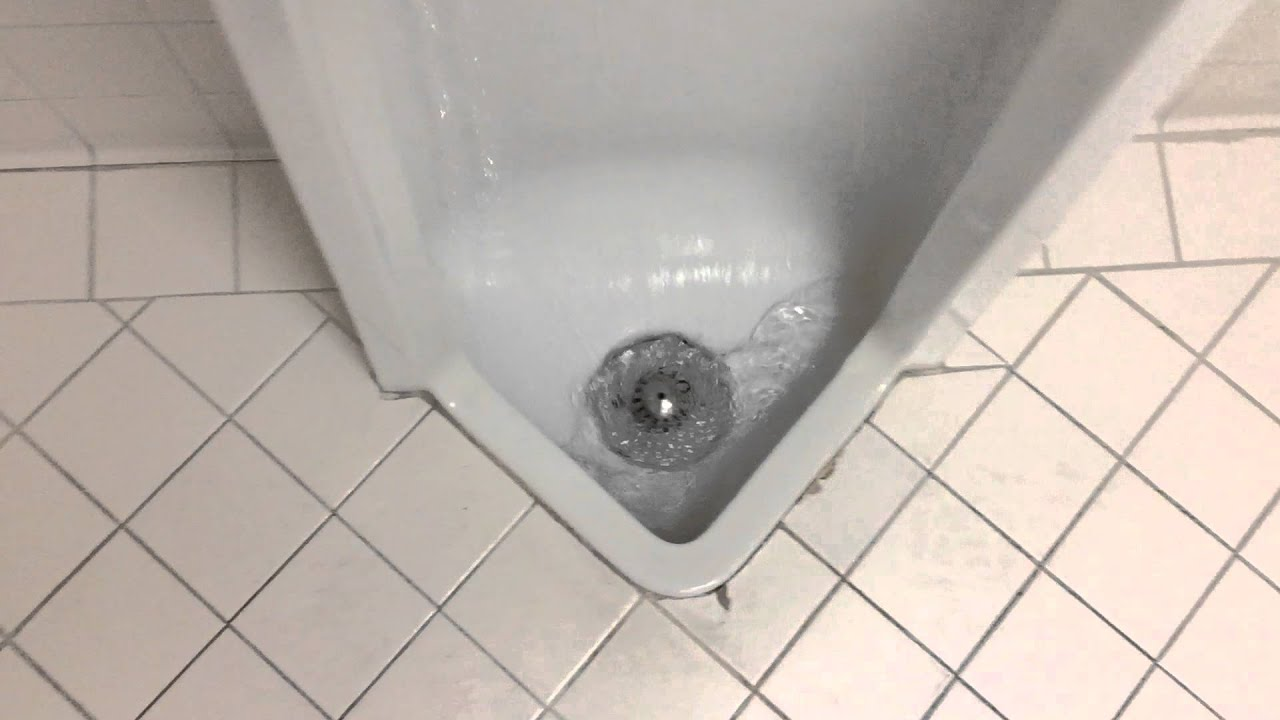 5083 1993 American Standard Stallbrook Urinal Youtube